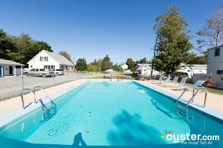 pool--v14598715-720